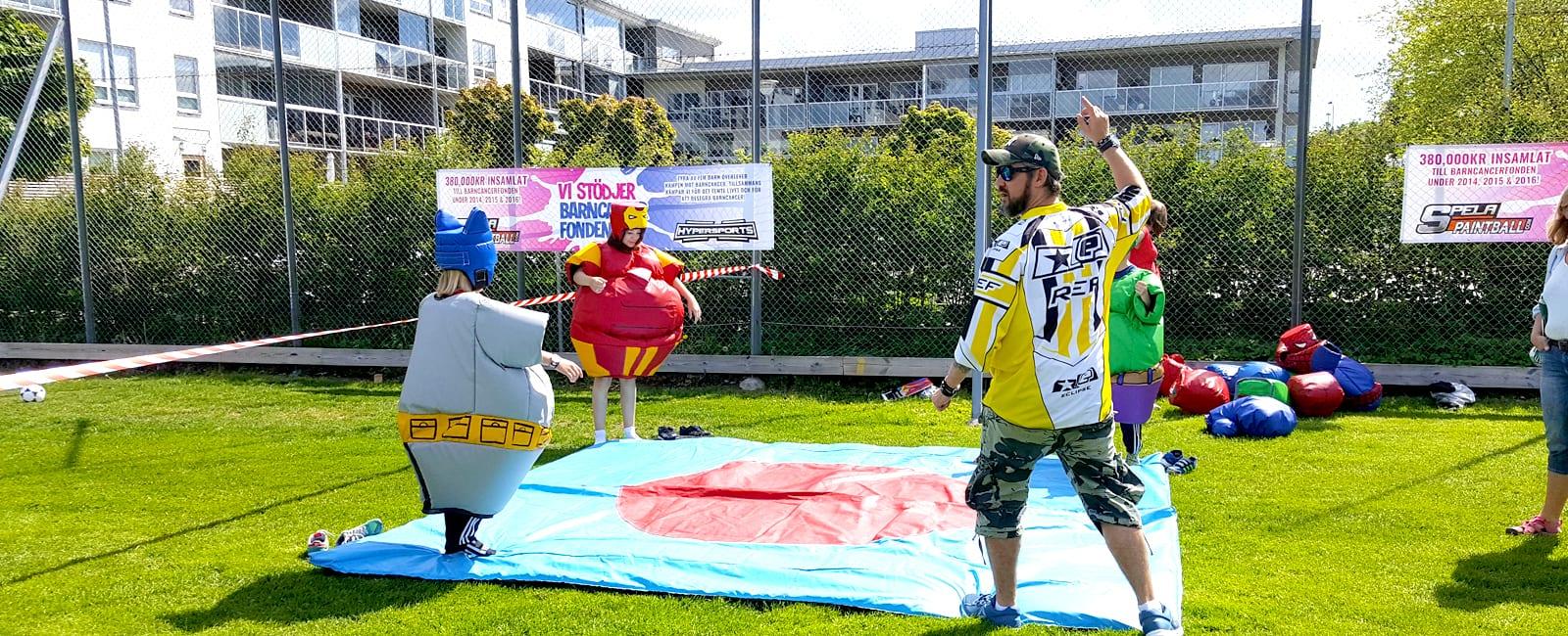 Hyr in oss för Super Sumo